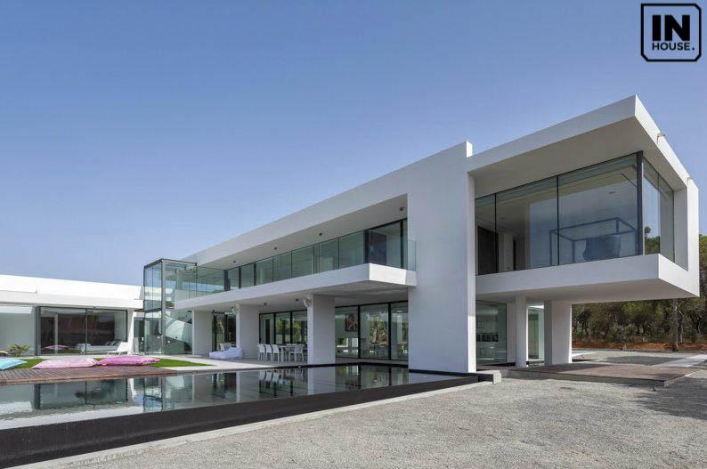 Thiết kế biệt thự 6 phòng ngủ phong cách Địa Trung Hải