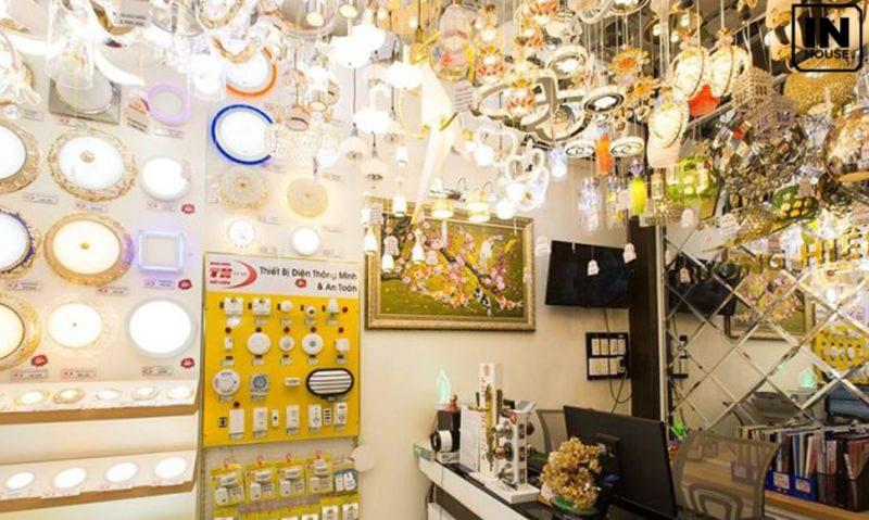 Thiết kế màu sắc và ánh sáng showroom