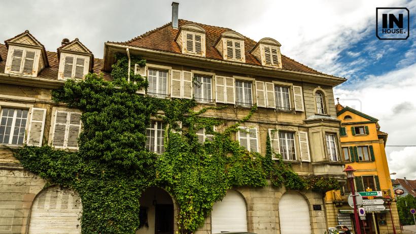 Mẫu biệt thự cổ điển 3 tầng