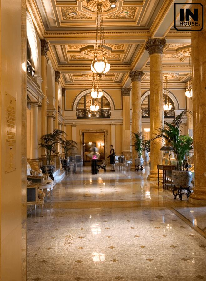 Hệ thống chiếu sáng khách sạn tân cổ