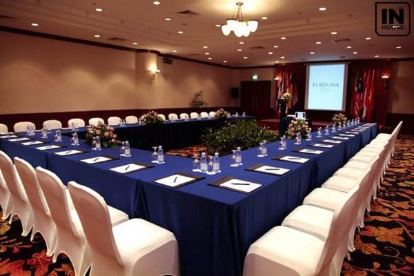 Phòng họp, hội nghị đáp ứng tiêu chuẩn