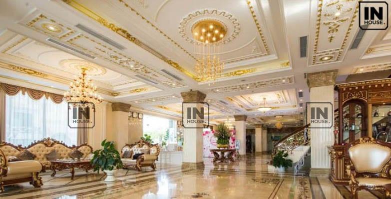 Sảnh khách sạn theo phong cách cổ điển, hoài cổ