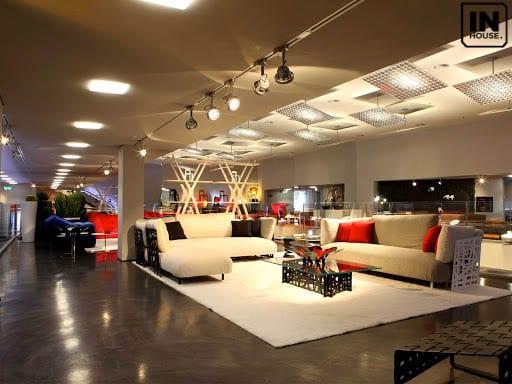 Thiết kế showroom phong cách hiện đại